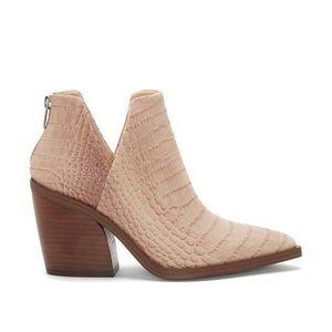 NIB Vince Camuto Gigietta Croc Leather Booties